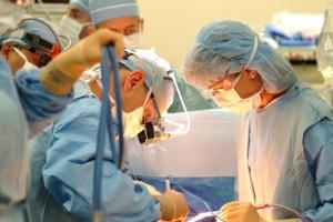 112995_banjaluka01-doktori-dvojna-praksa-ilustracija_orig