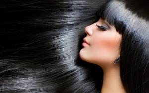 portrait-brunette-girl-beautiful-hair-wallpaper-1680x1050