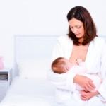 Da li je dojenje uzrok opuštenih grudi?