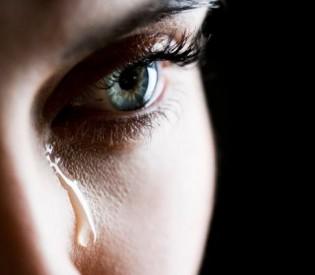 SUZE KAO LEK ZA DUŠU: Koliko je plakanje ZAISTA zdravo?