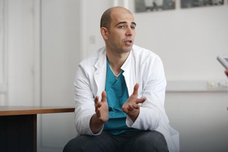 Dr Igor Končar