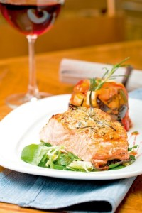 27430_pastrmka-stock-photo-grilled-salmon-fillet-with-ratatouille-shutterstock_94931896_300x0