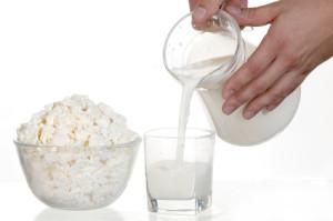 Milk, milk and hands