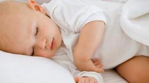 Pomozite-bebi-da-bolje-spava-