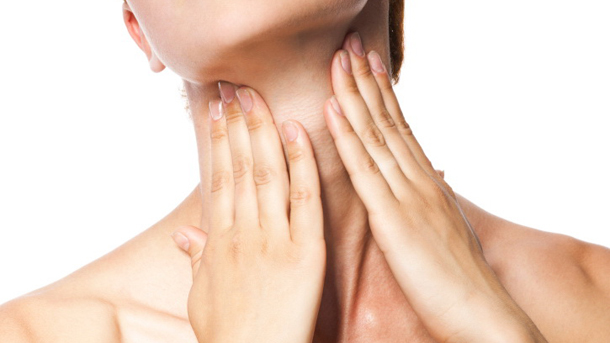 Acute pain in a throat at the young women.
