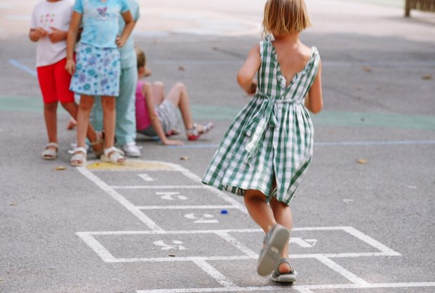 igraliste-park-skolice-deca-foto-profimedia-1472297236-979163